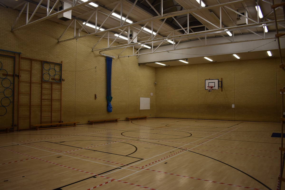gymnasium and sports hall milton keynes