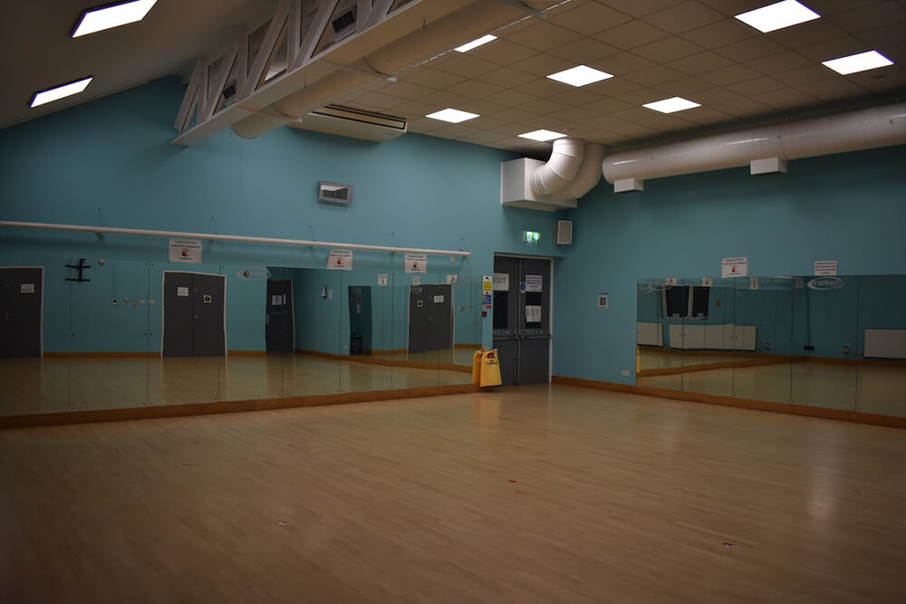 shenley leisure centre exercise classes milton keynes