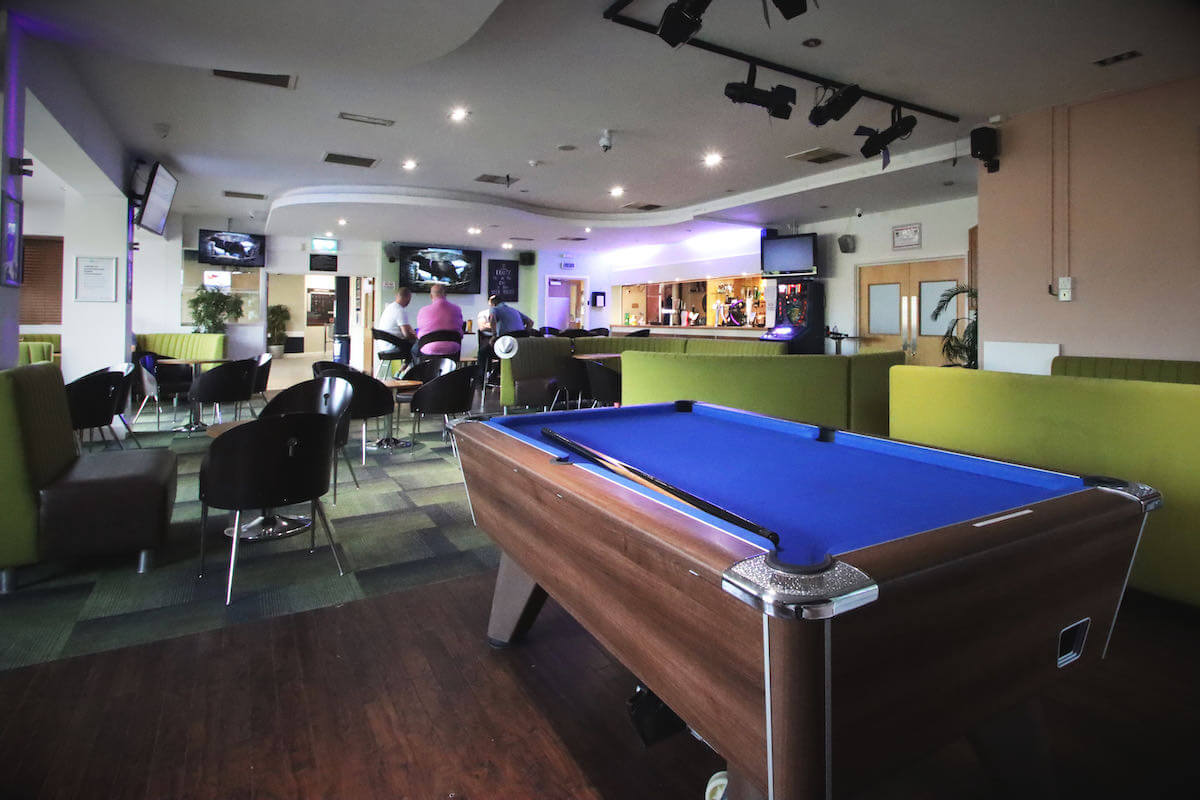 sports bar and cafe in milton keynes